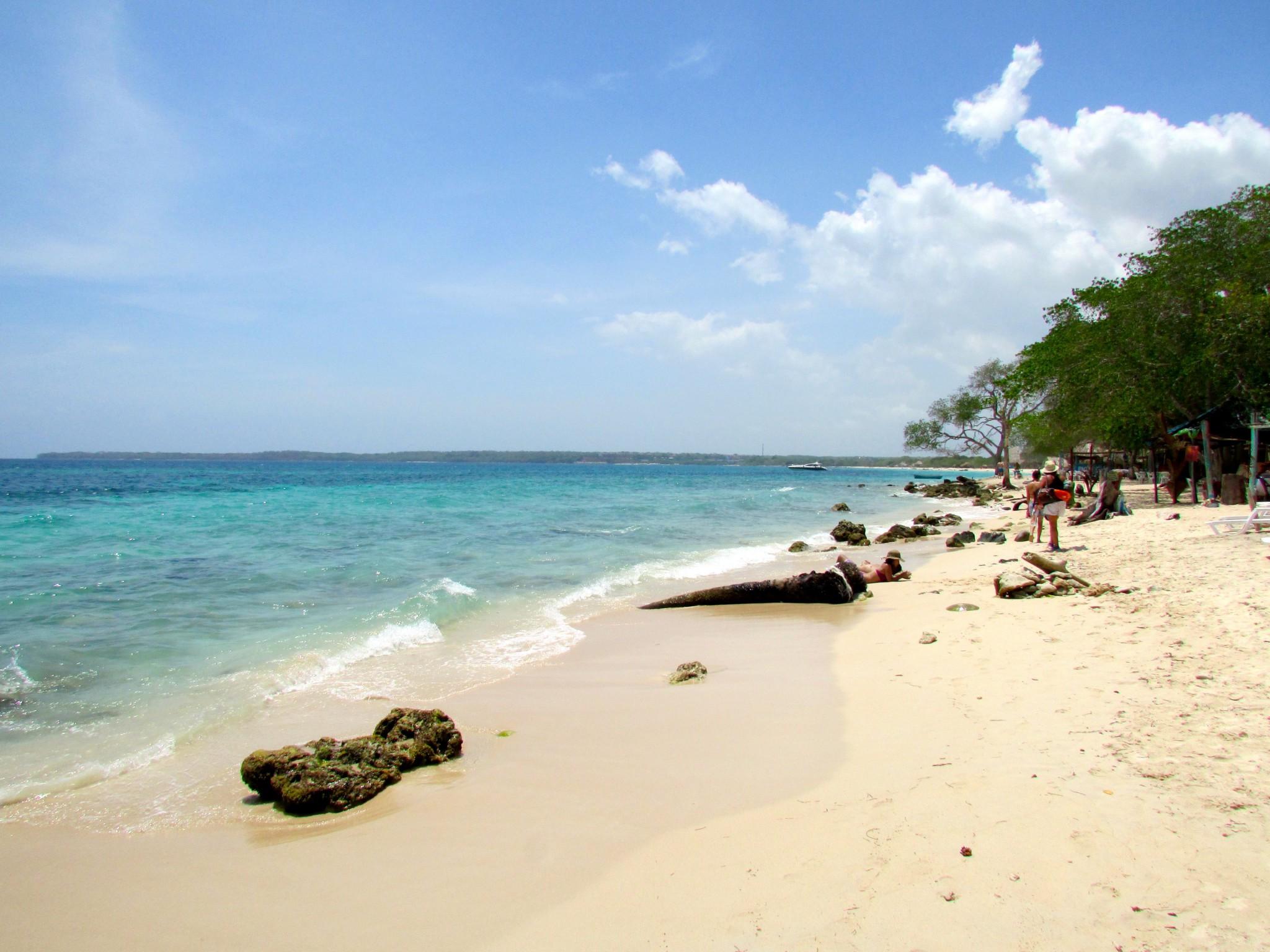 beach playa blanca colombia